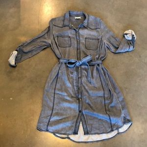 NEVER WORN Caslon Rayon Shirtdress in Chambray